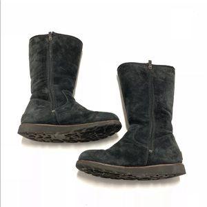 0c8e3ae42 Women's Ugg Boots | Poshmark